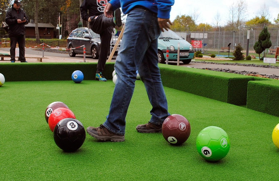 City-Golf_Fussball-Billiard_Spieler