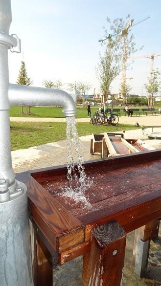 Muenchen_Freiham_Gruenfinger_Wasserspielplatz-15